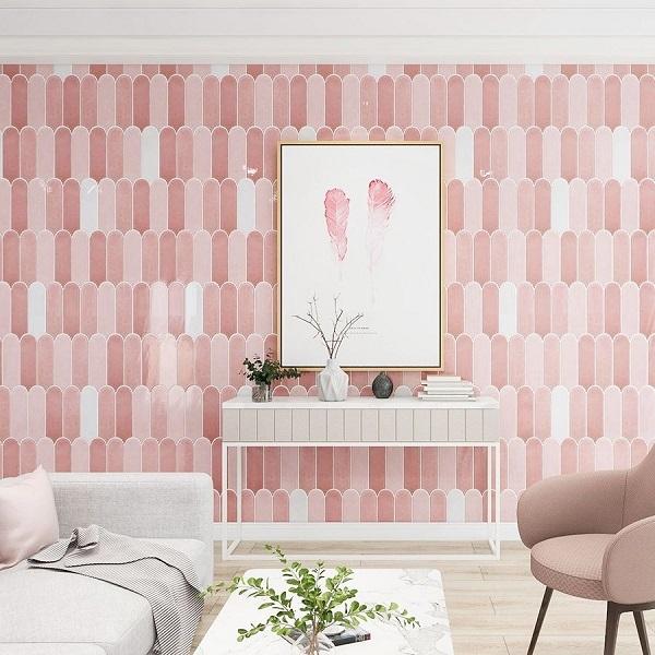 Gạch ốp tường màu hồng cho phòng khách